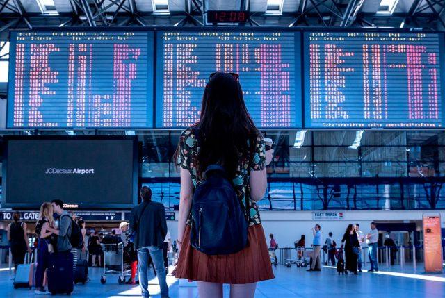 ¿Cuánto gastan los chilenos en viajar?
