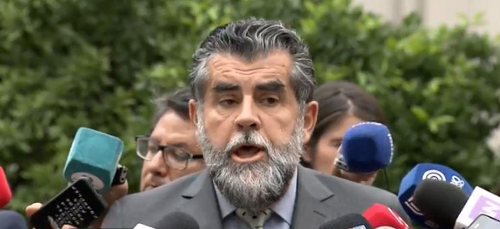 """Ubilla acusa """"intencionalidad política"""" por polémica compra de tierra mapuche"""