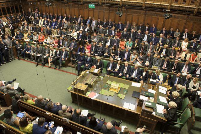 Parlamento británico: Brexit sin acuerdo por 312 contra 308 votos