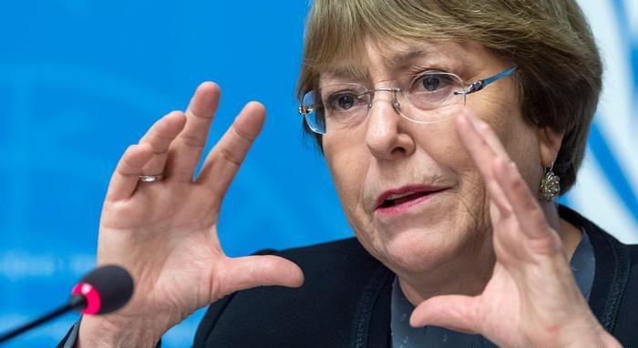 """Bachelet reconoce """"violación de los derechos civiles y políticos"""" en Venezuela"""