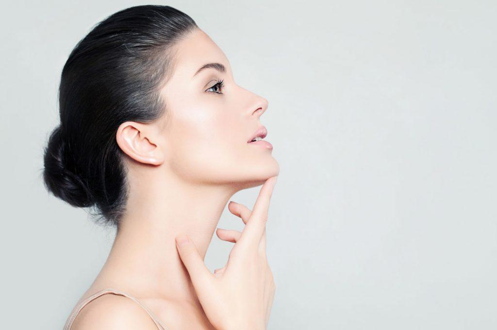 Rejuvenecimiento facial con efecto lifting y reafirmante