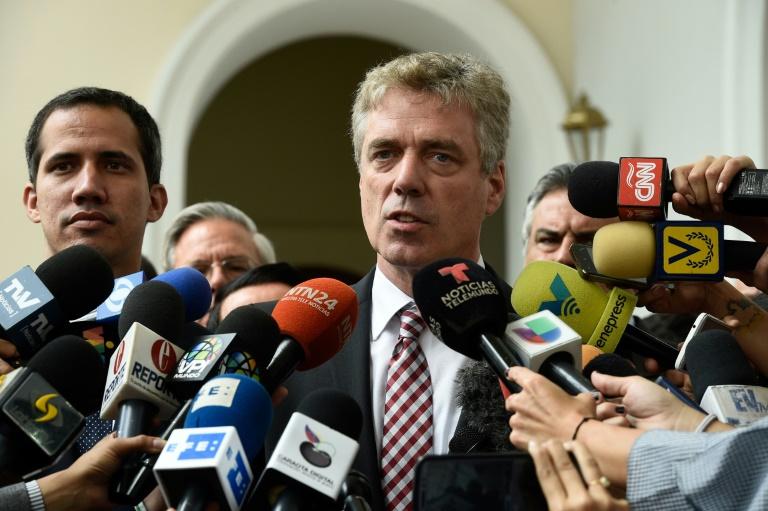 """Alemania defiende a su embajador expulsado por Maduro y reitera el """"inquebrantable"""" apoyo europeo a Guaidó"""