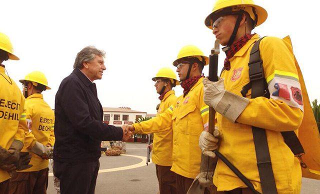 Ministro de Defensa revistó regimientos en La Serena y Copiapó