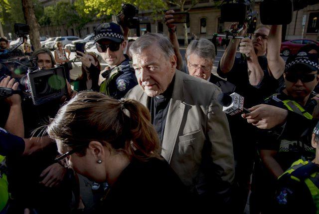 Igualito que en Chile:  En Australia condenan a 6 años de cárcel a Cardenal pederasta