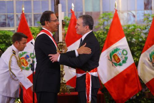Perú: Nuevo presidente del Consejo de Ministros y renuevan parte del gabinete