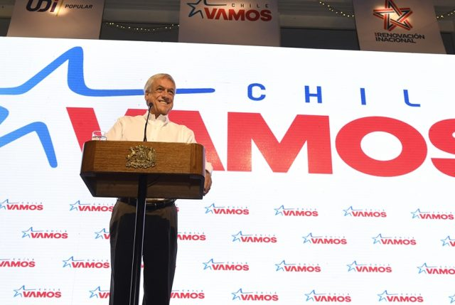 """Piñera inicia celebración de primer año de Gobierno en cónclave de Chile Vamos con un fuerte gesto a las mujeres: """"La causa de las mujeres de Chile … es la causa de este Presidente"""