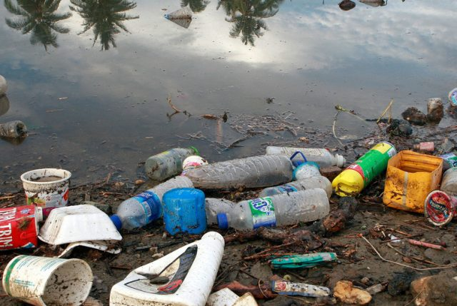 Cumbre ONU por Medioambiente logra acuerdo para terminar con la contaminación marina por plástico