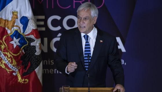 Piñera pide a parlamentarios de Chile Vamos tener fe para aprobar proyecto de control de identidad