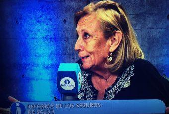 """Exministra Helia Molina advierte que idea de Fonasa Plus """"es quitarle el rol solidario"""""""