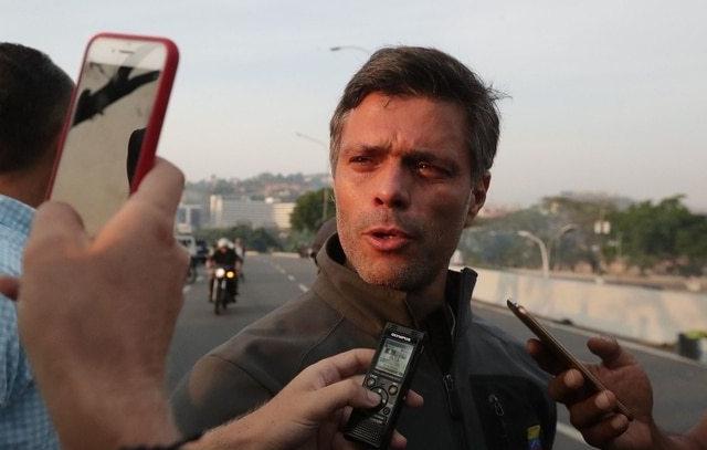Ampuero confirma que Leopoldo López y su familia ingresaron a la embajada chilena en Venezuela