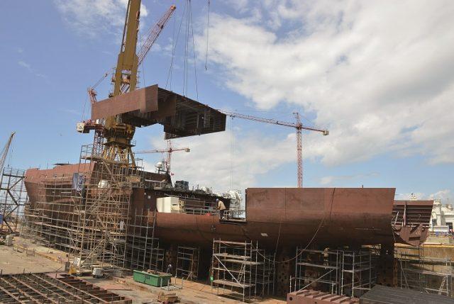 Desde mantenciones al casco hasta equipos de navegación: las complejas reparaciones a los buques de la Armada