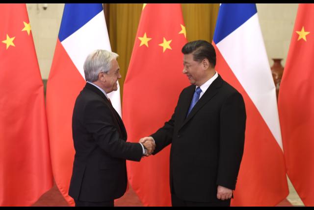 """El viaje de Piñera que se transformó en un verdadero """"zapato chino"""""""