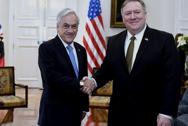 Piñera se reúne con Pompeo y cita es copada oficialmente por la cuestión venezolana