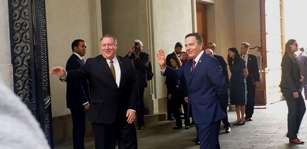 Pompeo lanza dura advertencia a América Latina por eventuales tratos con China y Rusia