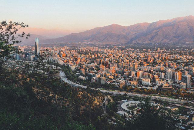 Santiago, la Serena y Puerto Montt se destacan entre los destinos favoritos para viajar en Semana Santa