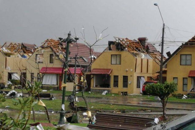 Una persona muerta, viviendas afectadas, infraestructura vial dañada y cortes de luz dejó el paso de tornados en el Biobío