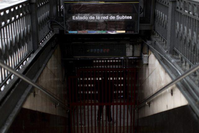 """Vuelve la """"LUZ"""" a la Argentina y Uruguay tras gigantesco APAGÓN y descartan ciberataque"""