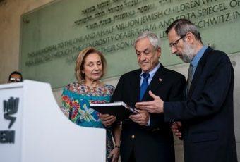 La agenda de Cecilia Morel en la gira a Asia y Medio Oriente marcada en el adulto mayor
