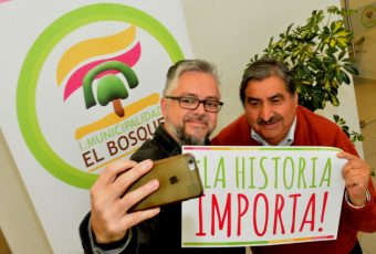 El Bosque junto a escritor Jorge Baradit se suma a municipios que mantendrán ramo de HISTORIA en 3° y 4° medio