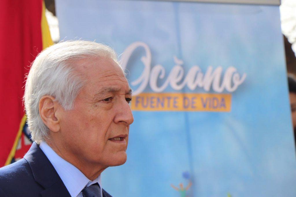 Heraldo Muñoz lanza iniciativa educativa e insta firmar carta de compromiso por la protección de los mares