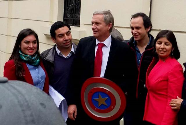 J.A. Kast inscribe su partido político y enciende las alarmas en Chile Vamos