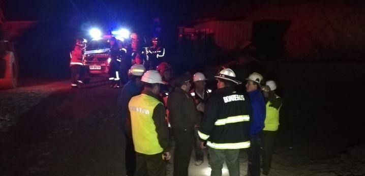 Gobierno confirma que se encontró un minero con vida, otro está fallecido y el tercero permanece desaparecido
