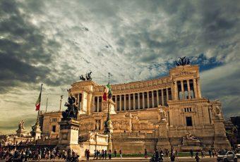 Gobierno italiano impone nuevas reglas para turistas que visiten Roma