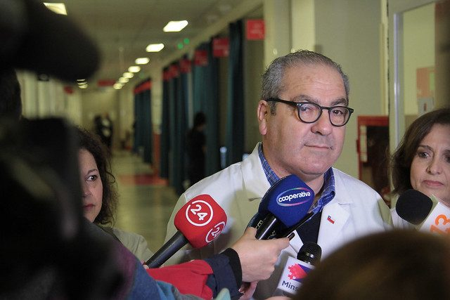 Quien explica se complica: Subsecretario Castillo se disculpa y parlamentarios piden su cabeza