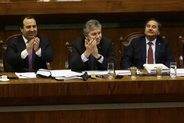 """Espina valora eliminación de la Ley Reservada del Cobre, porque se ha dado un """"paso histórico para modernizar la Defensa"""""""