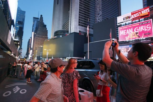 Nueva York a la chilena: Con el APAGÓN que cosas suceden…Manhattan por horas SIN LUZ