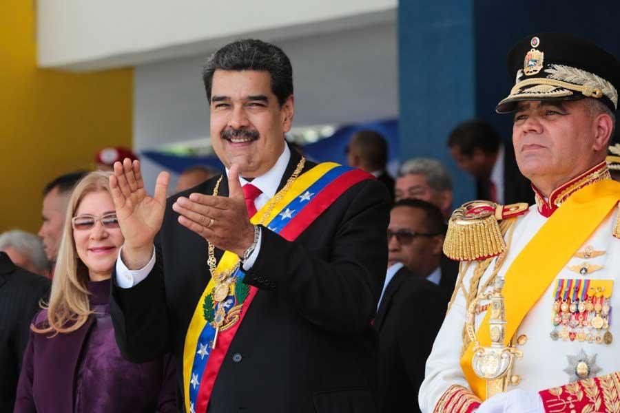 Venezuela: Maduro ratifica a Ministro de Defensa y hace mínimos cambios en cúpula militar