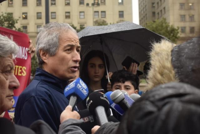 """Por un """"pelo"""" PROFESORES RECHAZAN  propuesta del Ministerio y PARO sigue"""