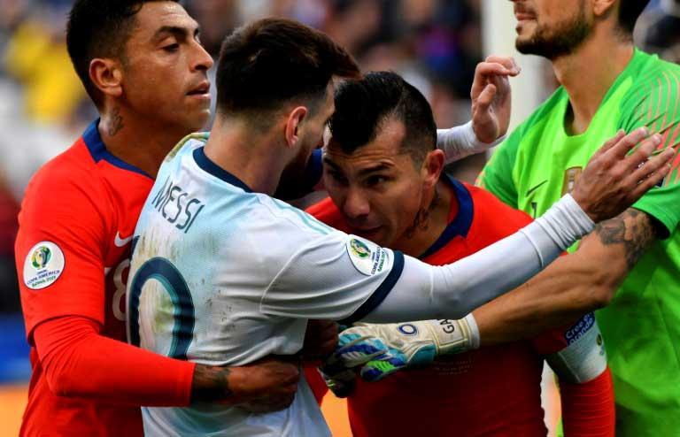 Copa América 2019: Messi y Medel -a lo pichanga de barrio- empimientan la definición por el 3er puesto