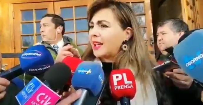 """La indignación de la administradora municipal de Osorno: """"¿Están resguardando los intereses de la empresa?"""""""