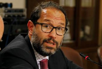 ¡Golpe bajo a Chile! Renuncia coagente chileno ante La Haya por Caso Silala para defender a ESSAL antes que al país