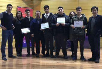 Liceos de Coronel se lucen con app para no videntes y para evitar accidentes en cruces férreos