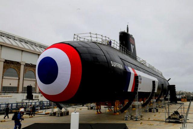 """Francia lanza """"Suffren"""" el primero de 6 nuevos submarinos nucleares ultra letales"""