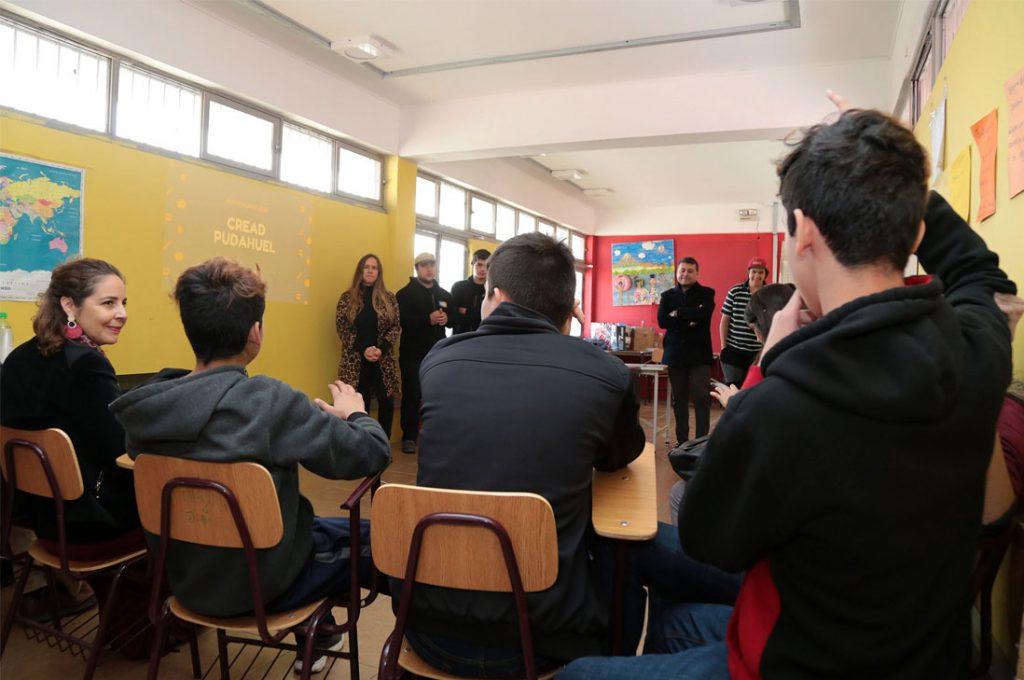 Jóvenes del centro de protección Pudahuel aprenden programación digital en vacaciones de invierno