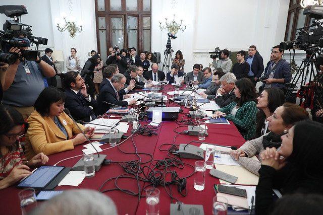 La vergonzosa actuación del oficialismo para impedir el debate del proyecto 40 horas