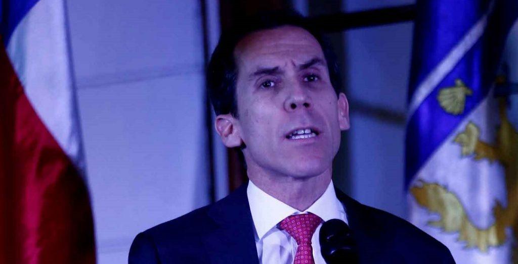 """Alcalde Alessandri a lo """"Orwell 1984"""" busca imponer control sobre funcionarios públicos para que NO compren en la calle bajo pena de multa"""