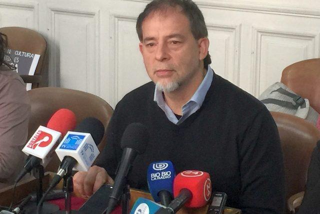 """""""Me parece muy sospechoso que el tema OAS aparezca en el momento en que Bachelet está cuestionando a Bolsonaro"""", afirma Girardi"""