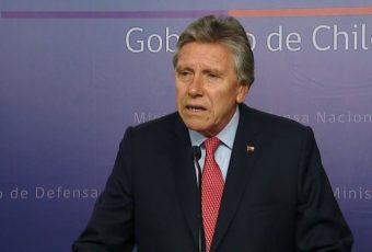 Ministro de Defensa reafirma derecho de reacción de FF.AA. ante violentistas