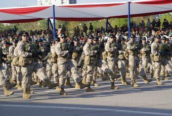 El debut de la PDI, mayor presencia femenina, y menos vehículos y aviones marcaron la Parada Militar 2019