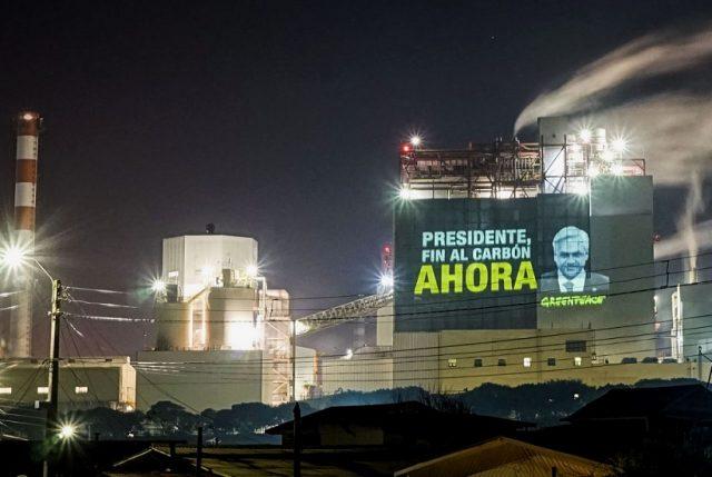 Greenpeace Chile, Fridays for Future y ONG FIMA emplazan a Piñera  a terminar ahora con las centrales a carbón en el país