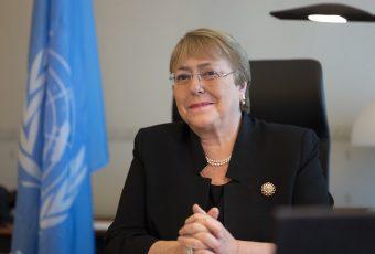 Gobierno evita comentar denuncia que involucraría a Bachelet con dineros de OAS para campaña