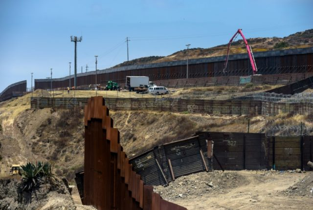 Trump happy: El Pentágono libera US$ 3Mil 600Millones para el Muro con México