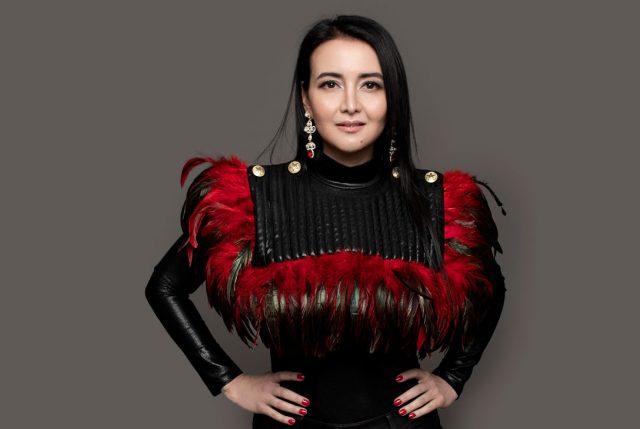 Daniela MD, la doctora y cantante que busca posicionarse con su contagioso pop en español