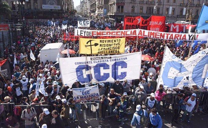 """La Argentina de Macri se MUERE de HAMBRE: Aprueban Proyecto """"Ley Emergencia Alimentaria"""""""
