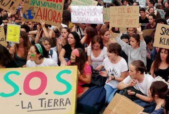 En todo el mundo millones marchan contra el Cambio Climático y lanzan HUELGA GLOBAL por el clima