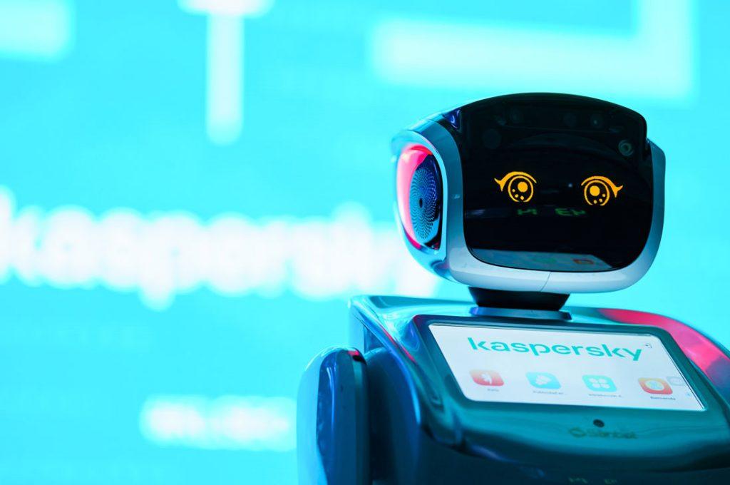 Robotics Lab y Kaspersky anuncian alianza para el desarrollo de tecnología hombre-máquina
